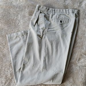 Dockers slacks  Size 33 X 32